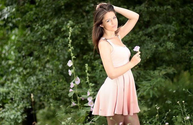 sukienka rozkloszowana damska