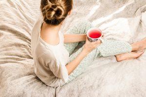 poranek w sypialni