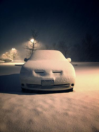 zmęczone zimą auto